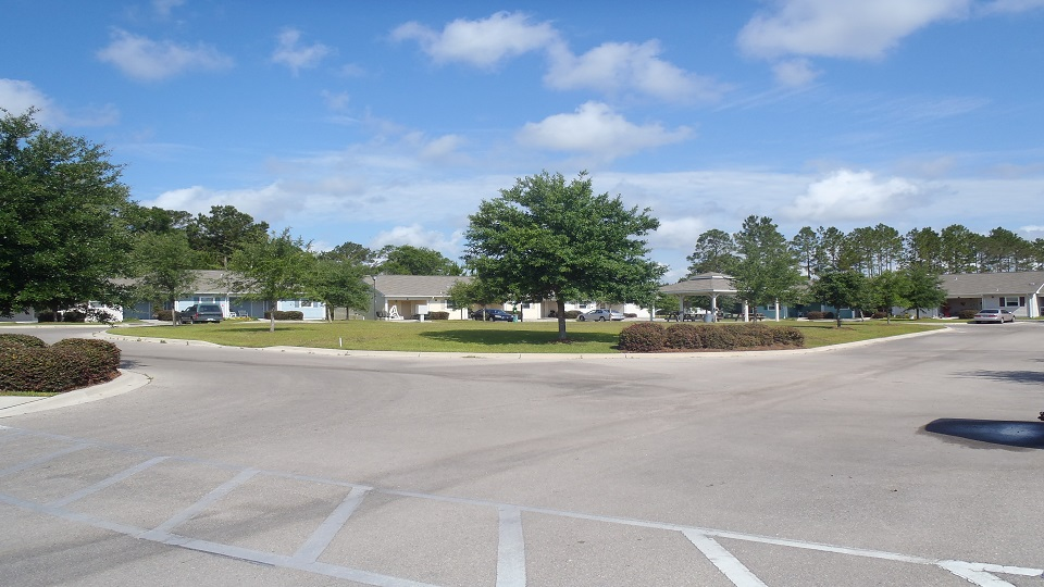 Affordable Apartments in  Crawfordville